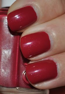 Cat's Adventures in Lacquer Land: Essie Very Cranberry
