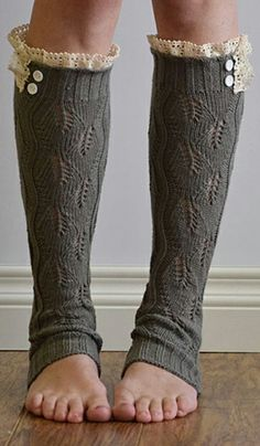 Gray & Ivory Ruffle Leg Warmers // love this cozy winter idea!