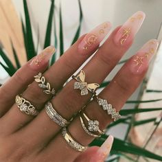 Shop & Buy 7 Pcs/set Retro Rings Women Fashion Gold Crystal Butterfly Leaf Gem Geometry Finger Ring Set Party Wedding Jewelry Accessories Online from Aalamey Gold Fashion, Fashion Rings, Fashion Jewelry, Women Jewelry, Fashion Fashion, Latest Fashion, Fashion Online, Fashion Dresses, Cute Jewelry