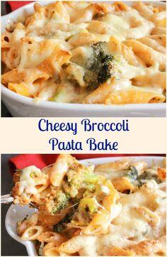 Cheesy Broccoli Pasta Bake, an easy, delicious cheesy vegetarian pasta recipe. Parmesan and Gruyere make it a creamy yummy family favorite. via @https://it.pinterest.com/Italianinkitchn/