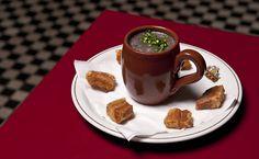 Veja uma seleção de caldinhos e sopas para tomar nos dias frios.