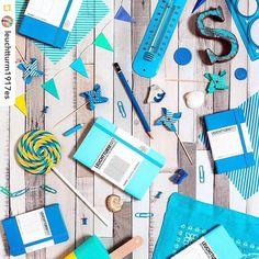 Ya es verano en #donostia #sansebastian Todo es azul y blanco. Hasta las libretas agendas y dietarios de @leuchtturm1917es que puedes encontrar en @tamayopapeleria c/Legazpi 4 Pero atentos a nuestro horario de verano...