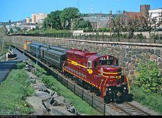 RailPictures.Net Photo: DMIR 193 Duluth, Missabe & Iron Range Railway EMD SD18 at Duluth, Minnesota by Dave Schauer