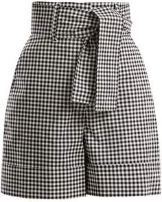 Pair with bodysuit or smocked top for the perfect spring/summer look. Pretty Outfits, Cool Outfits, Fashion Outfits, Cotton Shorts Women, Gingham Shorts, Crisp White Shirt, Young Fashion, Short Outfits, Spring Summer Fashion