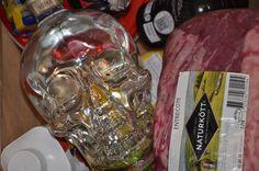 Crystal Head Vodka passar perfekt i picknick-korgen. Även i storleken 1750ml Crystal Head Vodka, Crystals, Crystal, Crystals Minerals