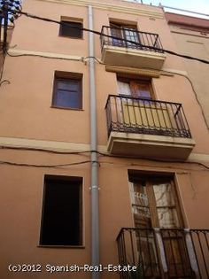 Property investment in Spain: House of 3 apartments with tenants and commercial premises for sale #Spain #forsale #realestate #apartment #property #properties #investment