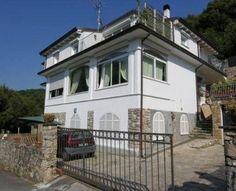 Holiday Rentals / Apartment & Villa Holidays wwww.seaandcountryvillas.com