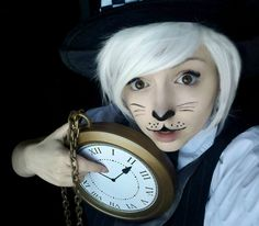 Lots of inspiration, diy & makeup tutorials and all accessories you need to create your own DIY Alice in Wonderland White Rabbit March Hare Costume for Halloween. Alice In Wonderland Makeup, Alice In Wonderland Rabbit, Bunny Halloween Makeup, Bunny Makeup, Cute Halloween, Halloween Witches, Rabbit Halloween, White Rabbit Makeup, Beauty Makeup