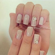 Opting for bright colours or intricate nail art isn't a must anymore. This year, nude nail designs are becoming a trend. Here are some nude nail designs. Neutral Nails, Nude Nails, Pink Nails, Beautiful Nail Art, Gorgeous Nails, Pretty Nails, French Nails, Hair And Nails, My Nails