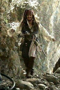 Johnny Depp as Captain Jack Sparrow Captain Jack Sparrow, Elisabeth Swan, Johnny Depp Characters, Here's Johnny, Johny Depp, Pirate Life, Disney Costumes, Hollywood Actor, Pirates Of The Caribbean