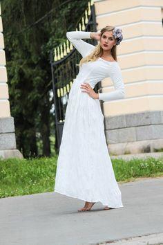 Foto:Laura Strautiņa Dress by Ieva Eglīte Modele:Elfa Misāne
