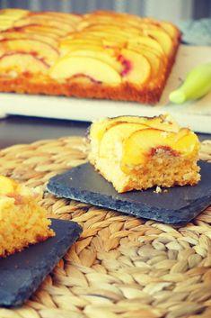 Bezglutenowy placek z nektarynkami Gluten Free Cakes, Cornbread, My Recipes, Dairy, Healthy, Ethnic Recipes, Food, Millet Bread, Essen