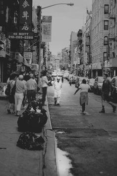 Chinatown NYC New York City Magnum Photos Photography bw instagram best of Lower East Side Manhattan film 35 mm | equinoccio.tumblr.com