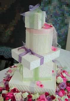 Gift Box Wedding Cakes- lots of great ideas