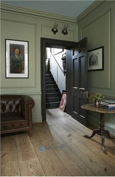 Modern Country Style: Colour Study Farrow and Ball French Gray Click through for. Modern Country Style: Colour Study Farrow and Ball French Gray Click through for details. Georgian Interiors, Georgian Homes, Modern Georgian, Cottage Interiors, Halls, Modern Country Style, French Country, Country Chic, Country Estate