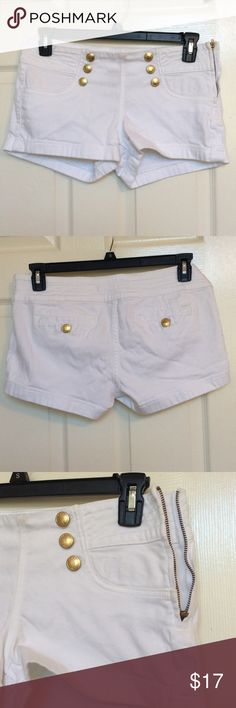 White Denim Sailor Shorts LIKE NEW, WORN ONCE‼️. These super cute sailor shorts are perfect for any day! They're comfortable and stylish, with no damages or stains. There are six buttons on the front, and one on each back pocket. The back pockets are very shallow and the ones on the front are not functional. The zipper is gold as well, and is on the left side. Works perfectly. These shorts are light, yet sturdy and can add style to any outfit! Any questions, just leave a comment. -Maria…