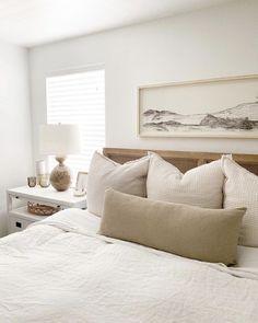 Neutral Bedroom Decor, Bedroom Inspo, Home Bedroom, Master Bedroom, Bedroom Ideas, Neutral Bedding, Neutral Bedrooms, White Bedding, Masculine Bedrooms