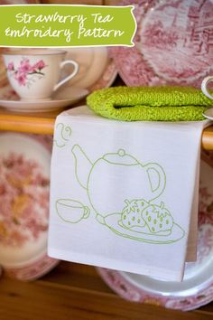 Free hand embroidery pattern for a cute teapot
