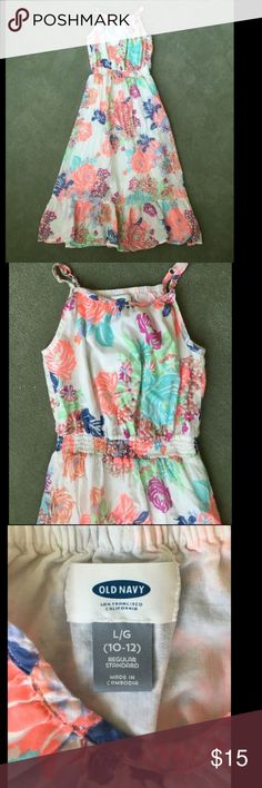 """Girls """"Old Navy"""" Dress This Girls dress is fully lined and 100% cotton. Perfect for Summer. In great condition. Thanks for looking and feel free to ask me any questions  Old Navy Dresses Casual"""