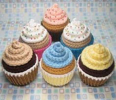 Amigurumi crochet cupcakes in Material and objects related with the cupcakes and muffins