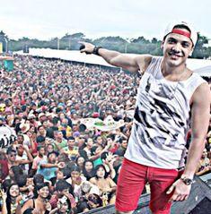 ACONTECE: Wesley Safadão faz show de Carnaval no interior de...