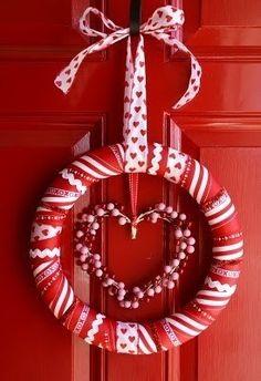 Valentine Wreath Ideas Ribbon Valentine Wreath Crafts - Adorable Valentine's Day Decor Ideas for Your Door. Ribbon Valentine Wreath Crafts - Adorable Valentine's Day Decor Ideas for Your Door. Diy Valentines Day Wreath, Valentines Day Decorations, Valentine Day Crafts, Happy Valentines Day, Valentine Ideas, Printable Valentine, Kids Valentines, Homemade Valentines, Valentine Heart