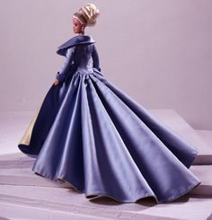 Looking for Collectible Barbie Dolls? Shop the best assortment of rare Barbie dolls and accessories for collectors right now at the official Barbie website! Barbie Gowns, Barbie Clothes, Fashion Dolls, Fashion Show, Fashion Outfits, Poupées Barbie Collector, Barbie Top, Barbie Collection, Couture Collection