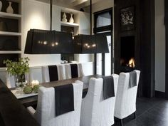 elegant black and white dining room - Wolterinck | Interieur | Wolterinck Laren