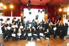 La remise des diplômes 2015 de Weller International Business School; L'évènement a réuni personnels de l'école, professeurs, familles et amis autour des diplômés de Bachelor 3, Mastère 1 et Mastère 2. Comme tous les ans, les étudiants ont portés pour l'occasion toges et coiffes, dans la pure tradition des écoles internationales.