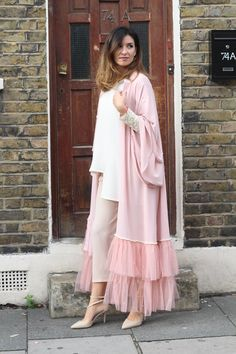 This is our Pinkfuzz Kimono from our London photoshoot. Its a breezy open kimono made from crepe-georgette with closely gathered fuzzy net. Perfect for your evening-wear or occasion-wear collections. Pakistani Formal Dresses, Pakistani Fashion Casual, Pakistani Dress Design, Abaya Fashion, Muslim Fashion, Fashion Dresses, Dress Outfits, Pakistani Bridal, Modest Fashion