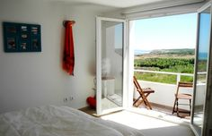 B&B ocean view accommodation in Baleal, Peniche, Portugal. Surf
