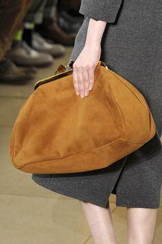 purplebells: I'm slowly becoming obsessed with Miu Miu.Miu Miu Handbags Spread the loveMiu Miu at Paris Fashion Week Fall sized clutchPerfect size for everyday use Miu Miu Purse, Miu Miu Handbags, Fashion Handbags, Purses And Handbags, Fashion Bags, Fashion Accessories, Oversized Clutch, Frame Bag, Cloth Bags