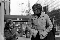 vintage everyday: Rare Photos of Robert Redford in NYC,1969 with daughter shauna