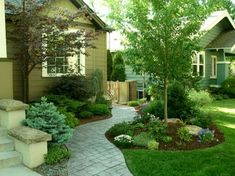 Small Front Yard Landscaping Ideas on A Budget (12) #drivewaylandscape