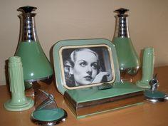 Art Deco jadeite vanity set