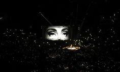 Precioso! Adele dedica canción a víctimas de ataques en...