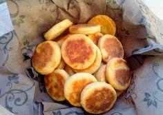 Krumplis pogácsa | Vasvári Nikolett receptje Cake Recipes, Snack Recipes, Snacks, Pretzel Bites, Nom Nom, Chips, Peach, Bread, Fruit