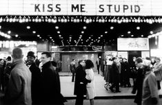 Lost In History New Years' Eve, NYC (Kiss me, stupid), Photo by Joel Meyerowitz Romantic Things, Most Romantic, Hopeless Romantic, Romantic Kisses, Romantic Scenes, Romantic Mood, New Years Eve Nyc, Merci Paris, Street Photography