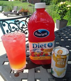 Skinny Pineapple Cranberry Poolside Drink = Pine-Apple-Rita + Ocean Spray Diet Cran-Pineapple juice- low calorie and refreshing! Liquor Drinks, Cocktail Drinks, Beverages, Liquor Shots, Summertime Drinks, Summer Drinks, Alcohol Drink Recipes, Bubble, Fancy Drinks