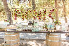 """Μια φανταστική βάπτιση με θέμα το πικ νικ μοιράζεται σήμερα μαζί μας η Peony and Porcelain Events: """"Ένα ολόκληρο πραγματικό πικ νικ, στήθηκε για τους μικρούς και μεγάλους καλεσ… Boy Baptism, Christening, Picnic, Table Decorations, Party Ideas, Weddings, Home Decor, Cinco De Mayo, Decoration Home"""