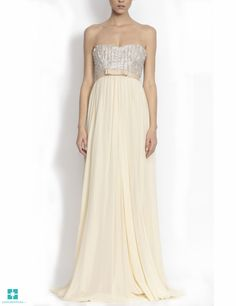 Long dress made of silk tulle with reflexes, bust made of silver, waist decorated with a belt. Evening Dresses, Prom Dresses, Formal Dresses, Wedding Dresses, Strapless Dress Formal, Special Occasion, Fashion Beauty, My Style, Evening Gowns Dresses