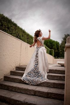 This Margaery Tyrell Wedding Dress Cosplay Is A Masterpiece