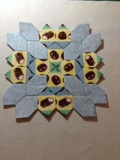 Liz Forney's Lucy Boston Patchwork of the Crosses block. Chocolate Factory, English Paper Piecing, Crosses, Quilt Blocks, Boston, Quilts, Blanket, Creative, Pattern