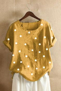 Style Casual Pattern Polka Dots Detail Printed Sleeves Type Short sleeveCollar Crew neck Material Polyester Season Summer Occasion Daily life,Going out Mode Outfits, Fashion Outfits, Womens Fashion, Fashion Trends, Polka Dot Print, Polka Dots, Mode Simple, Short Sleeve Blouse, Short Sleeves