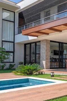 Pool House Designs, Modern Exterior House Designs, House Front Design, Dream House Exterior, Modern House Design, Exterior Design, Modern Pool House, Home Building Design, Building A House