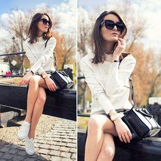 Zara Top, Asos Shoes, Céline Sunnies Loving the bold glasses