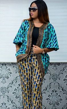 See these 22 PICTURES: Unique Ankara Styles For Office, Church & Wedding Check out these Ankara styles, African dresses, African wears or Ankara Short African Dresses, African Blouses, Latest African Fashion Dresses, African Print Dresses, African Print Fashion, Africa Fashion, African Print Pants, Unique Ankara Styles, Mode Kimono