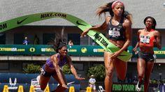 Bitter: Francena McCorory (l.) kommt beim 400-Meter-Lauf der US-Meisterschaften in Oregon kurz vor dem Ziel zu Fall