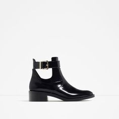FLAT OPEN ANKLE BOOTS-View all-SHOES-WOMAN | ZARA Finland