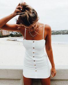 little white summer dress.GQ - Nice little white summer dress. -Nice little white summer dress.GQ - Nice little white summer dress. Cute Summer Outfits, Spring Outfits, Trendy Outfits, Summer Dresses, Casual Summer, Cute Summer Clothes, Style Summer, Summer Holiday Outfits, Summer Outfits For Vacation